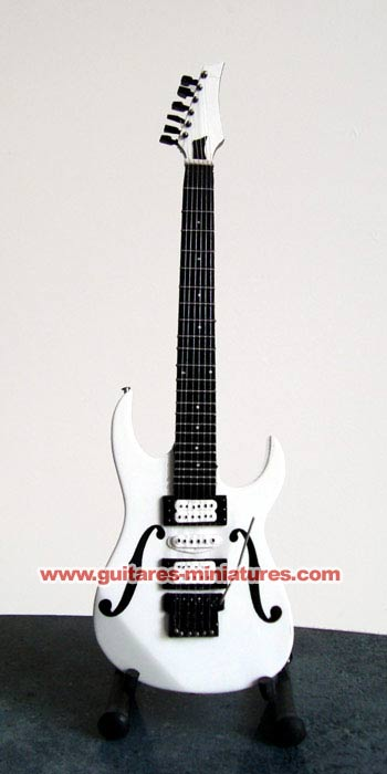 Guitare Miniature Paul Gilbert Signature