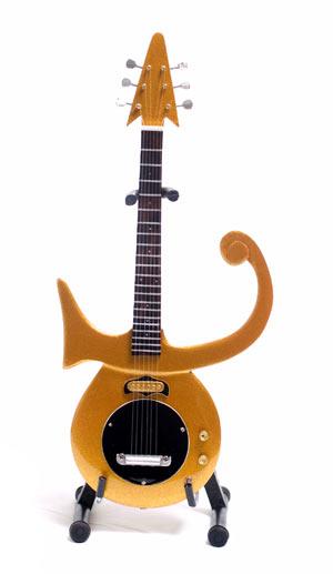Guitare Miniature Prince Gold Symbol