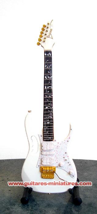 Guitare Miniature Steve Vai White JEM7V
