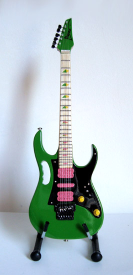 Guitare Miniature Steve Vai Green JEM
