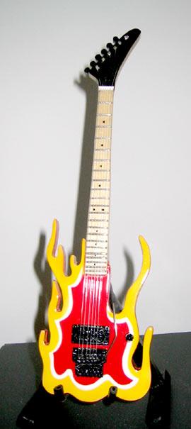 Guitare Miniature Steve Vai Performance Flame