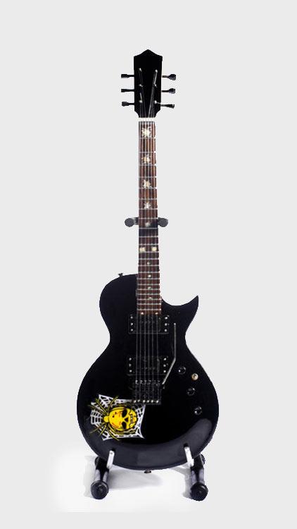 Guitare Miniature Kirk Hammett Skull & Bones