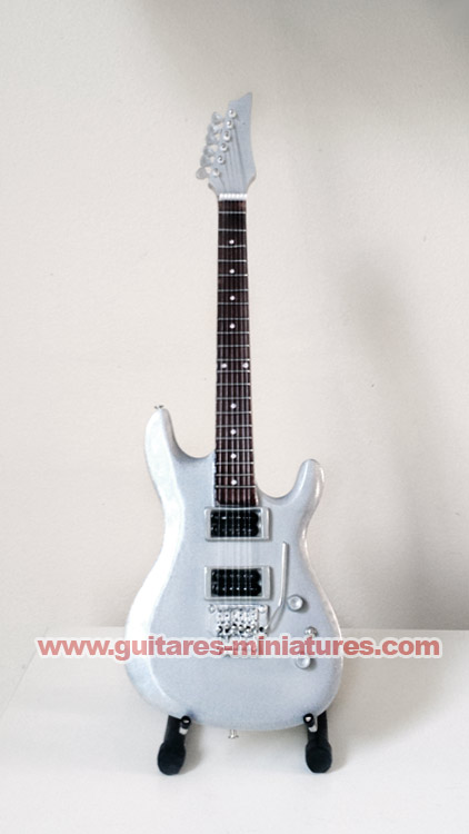 Guitare Miniature Joe Satriani Chrome Signature