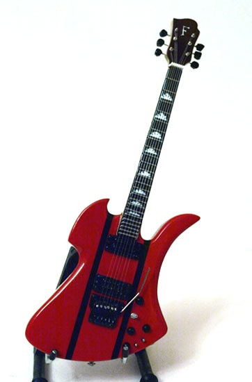 Guitare Miniature Slash Mockingbird